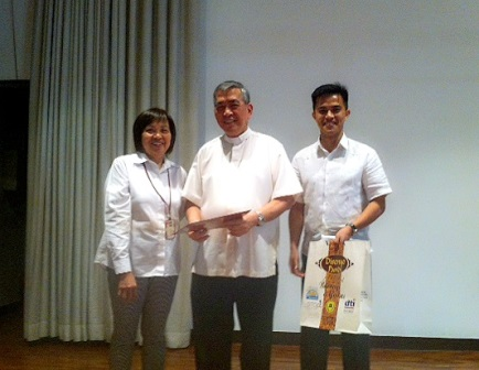 Fr. Innocencio with Ronnel ALmazan And Dr. Amy Fajardo